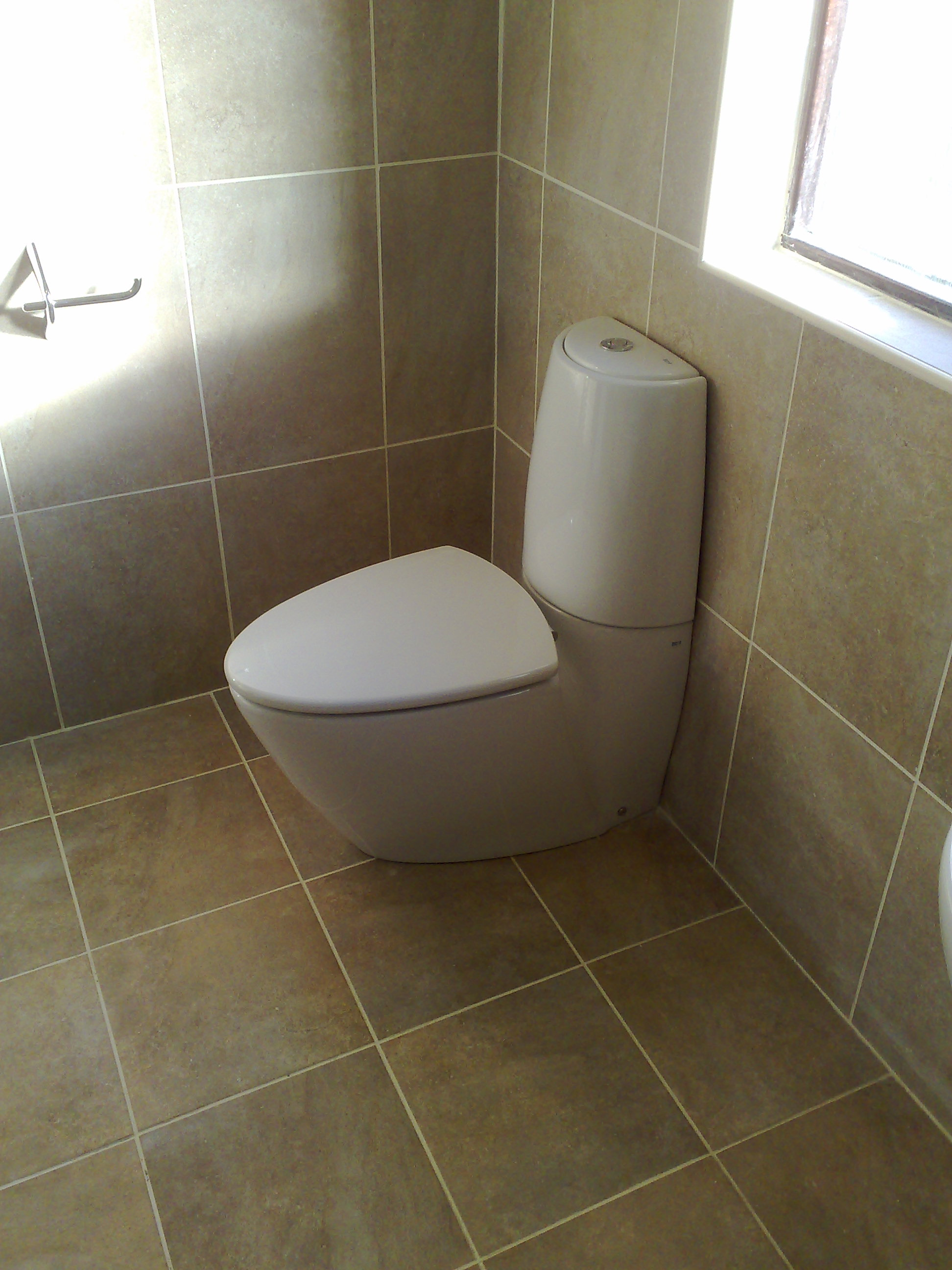 Beautiful Tiled Toilets Gallery - The Best Bathroom Ideas - lapoup.com
