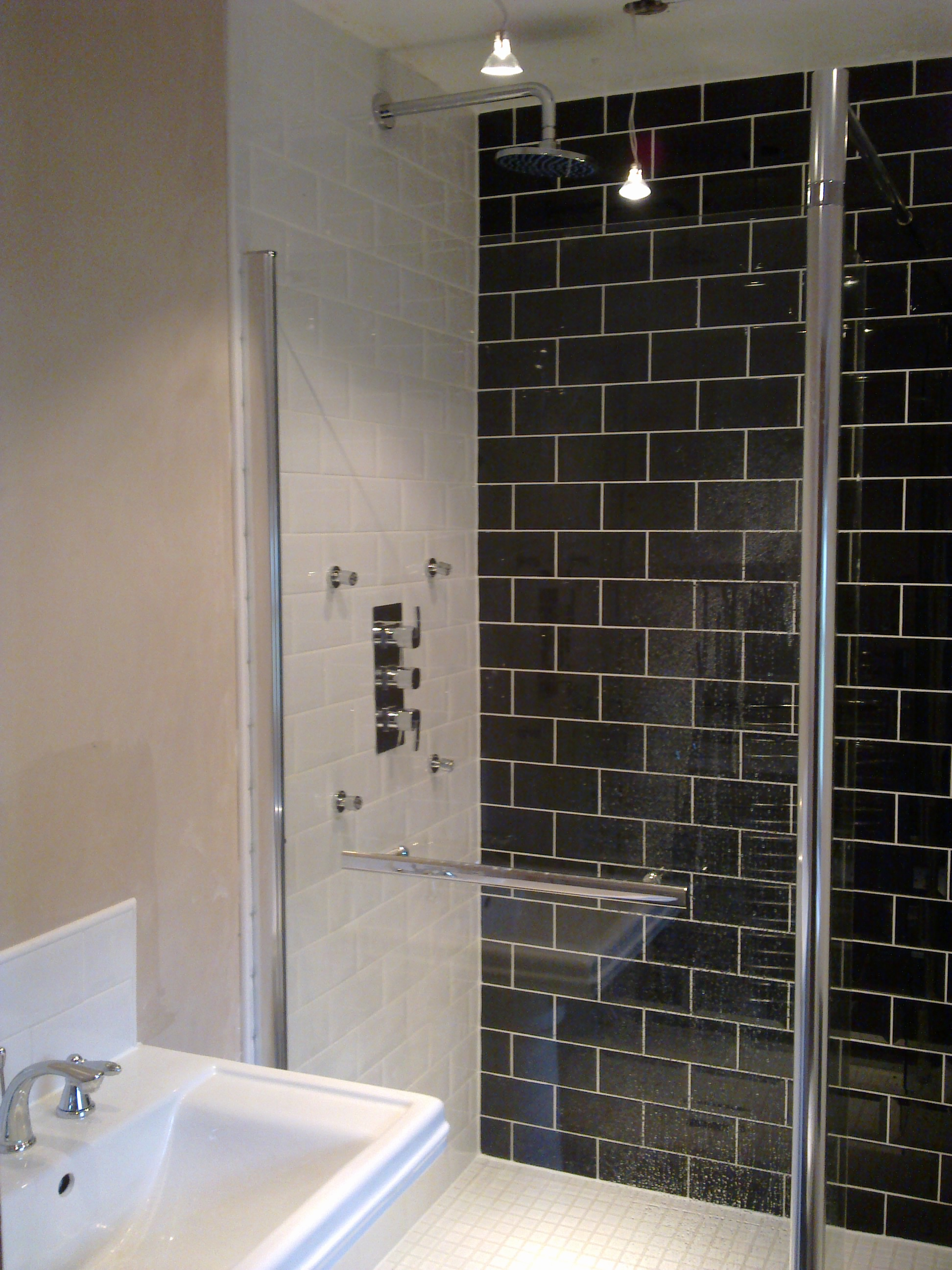 Ensuite Bathroom And Fitting index of /bin/gallery/bathrooms/